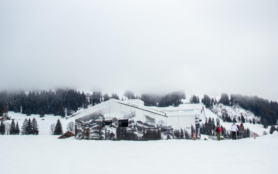 Les endroits insolites : la Mirage House de Gstaad 🇨🇭
